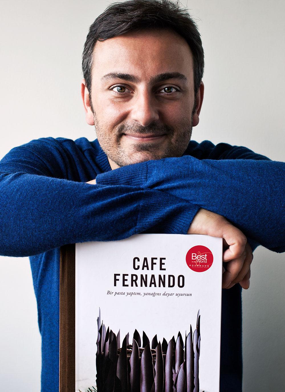 Cenk Sönmezsoy - Cafe Fernando kitap