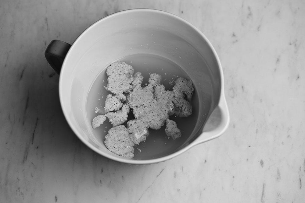 Ekşi Mayalı Ekmek - Adım 1