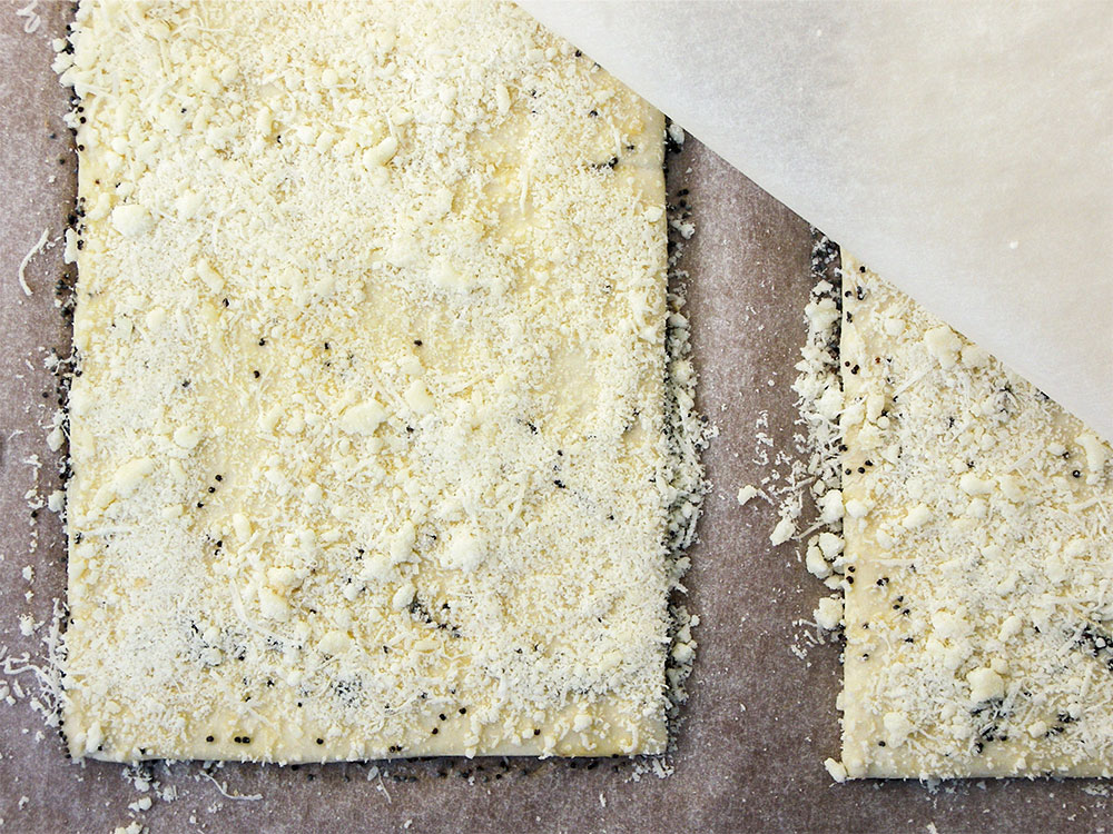 Parmesan Poppy Seed Straws 5