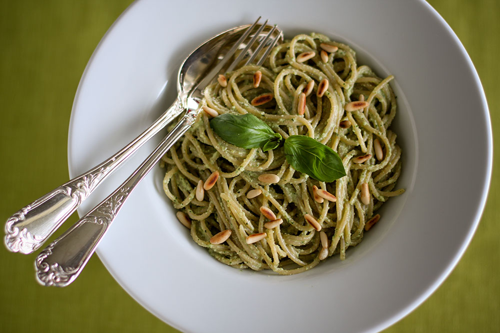 Whole Wheat Spaghetti with Almond Pesto Sauce