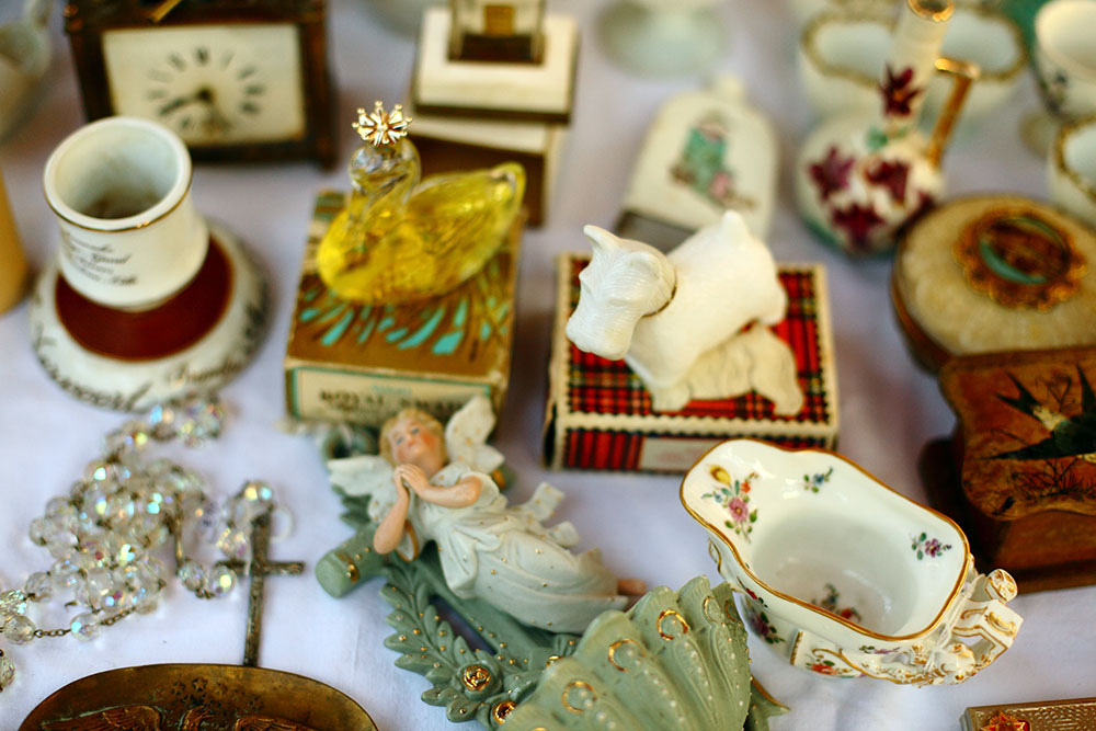 Paris Flea Markets - Puces de Vanves 28