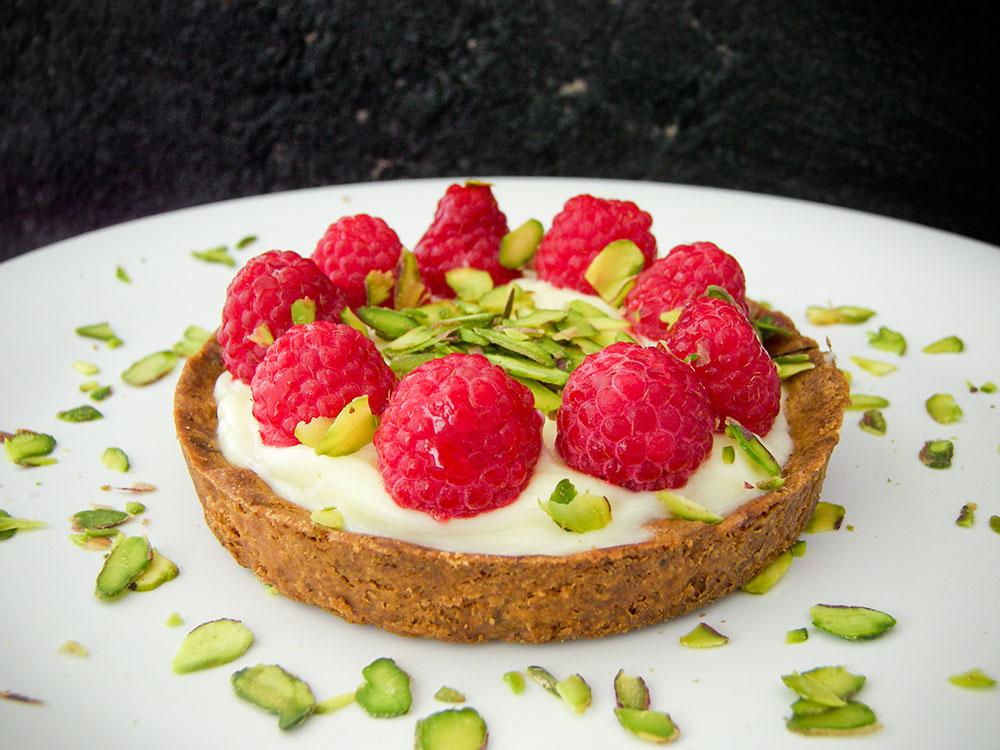 Raspberry Pistachio Tart 2