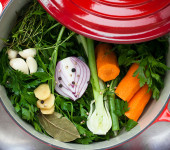 How to Make a Flavorful Vegetable Broth