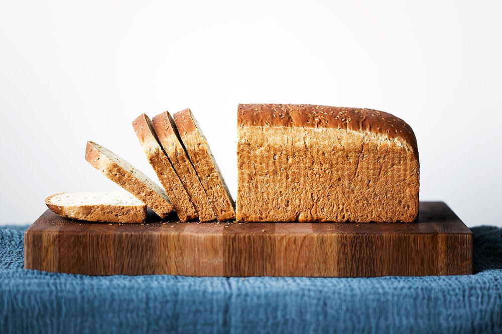 Susamlı Tost Ekmeği